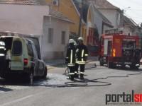 incendiu-masina-satu-mare1
