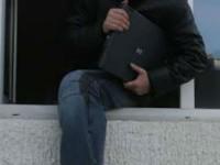 Un minor a furat un laptop, dar a fost prins