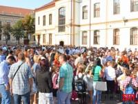 Noul an școlar, întâmpinat cu bucurie la Școala Grigore Moisil (FOTO)