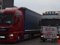 Protestul transportatorilor sătmăreni. Drumul spre Livada, blocat pe o parte (FOTO)