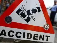 Accident la Ardud. A intrat cu mașina în bastion