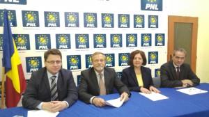 Pensionarii liberali cer demisia conducerii PNL Satu Mare