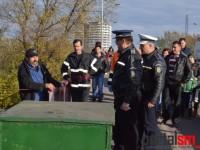 Un sătmărean a vrut se să arunce în Someș. Spune că statul își bate joc de el (FOTO&VIDEO)