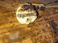 Pompierii au stabilit cauza incendiului de la Carei. Cum arată apartamentul bătrânei decedate (FOTO)