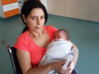 Ea este prima fetiţă născută în acest an la Satu Mare. Mai are 8 fraţi