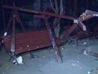 Parc vandalizat în județ. Autorii, identificați