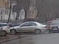 Accident surprins live la Satu Mare. Linie dublă continuă (VIDEO)