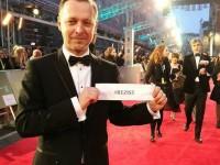 Actorul Levente Molnar, născut în Baia Mare, pe covorul roşu: #Rezist