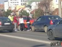 Accident surprins în direct pe Podul Golescu. Taximetrist rămas în pana prostului (FOTO&VIDEO)