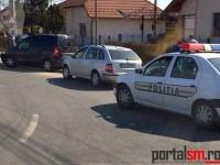 Accident la Satu Mare. O femeie a intrat cu mașina într-un stâlp (FOTO)