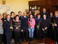 Flori pentru doamnele şi domnişoarele din Jandarmeria Satu Mare (FOTO)