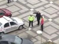 Șoferii nesimțiți, măturați de pe trotuare de Poliția Locală (VIDEO)
