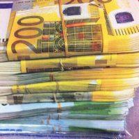 Oferim împrumuturi private